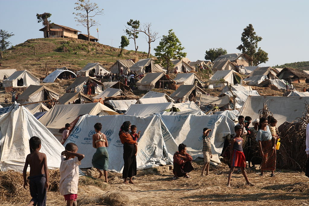 Emergency_food,_drinking_water_and_shelter_to_help_people_displaced_in_Rakhine_State,_western_Burma._(8288488088)